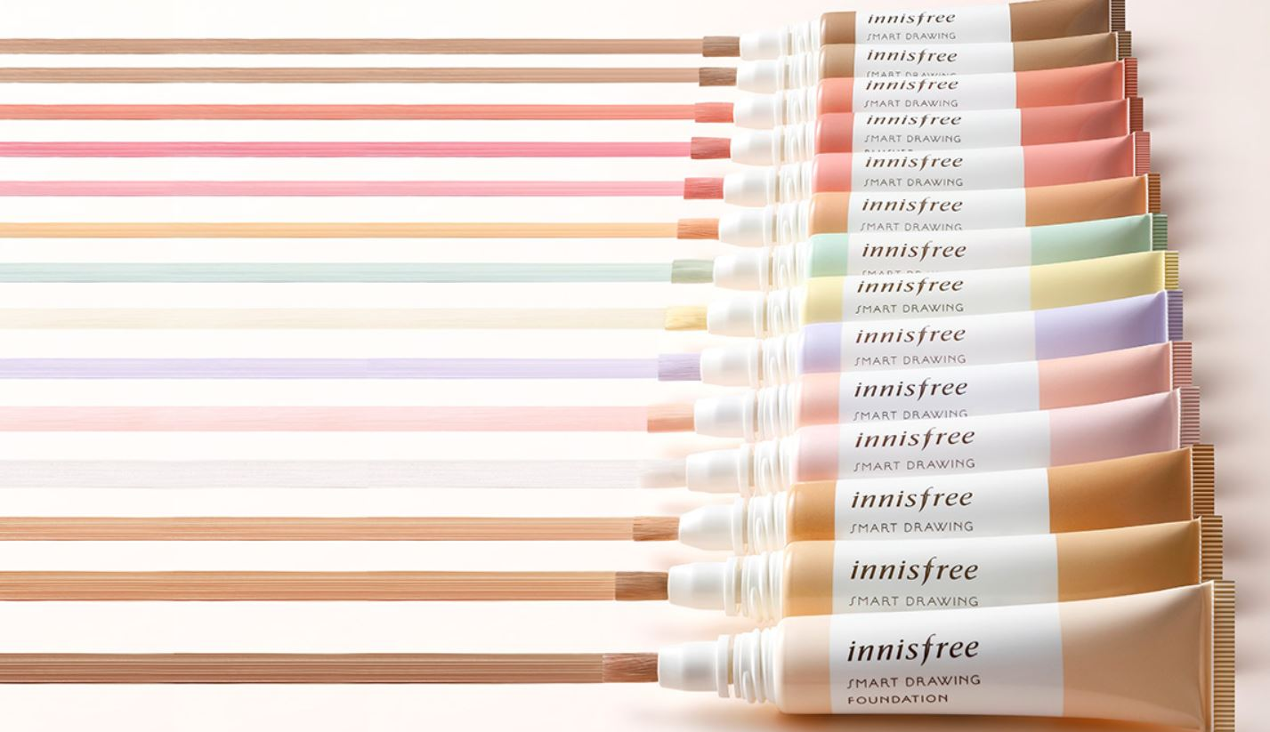 Innisfree: Smart Drawing Blusher - Innisfree's Smart Drawing series offers an easier way to apply cream blush. No2,3,5 are especially famous for their mild, orangish coral colors.