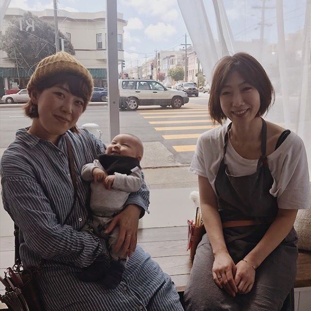 The hair stylists at KI-TO-NE ✂︎💫 . Right: Rena Left: Hiro (with her baby boy👶) . Go to our website (kitonehairworks.com) to make an appointment with Rena . Hiro is still on maternity leave, but if you need an urgent haircut from her, please email/text so she can arrange time for you! (info@kitonehairworks.com) . Looking forward to seeing you all at KI-TO-NE!😉❤️