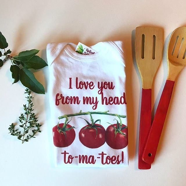 What's cooking this Sunday friends? Last night we made a fresh tomato sauce and everyone from the grownups to the kiddos loved it! What are your favorite tomato recipes?