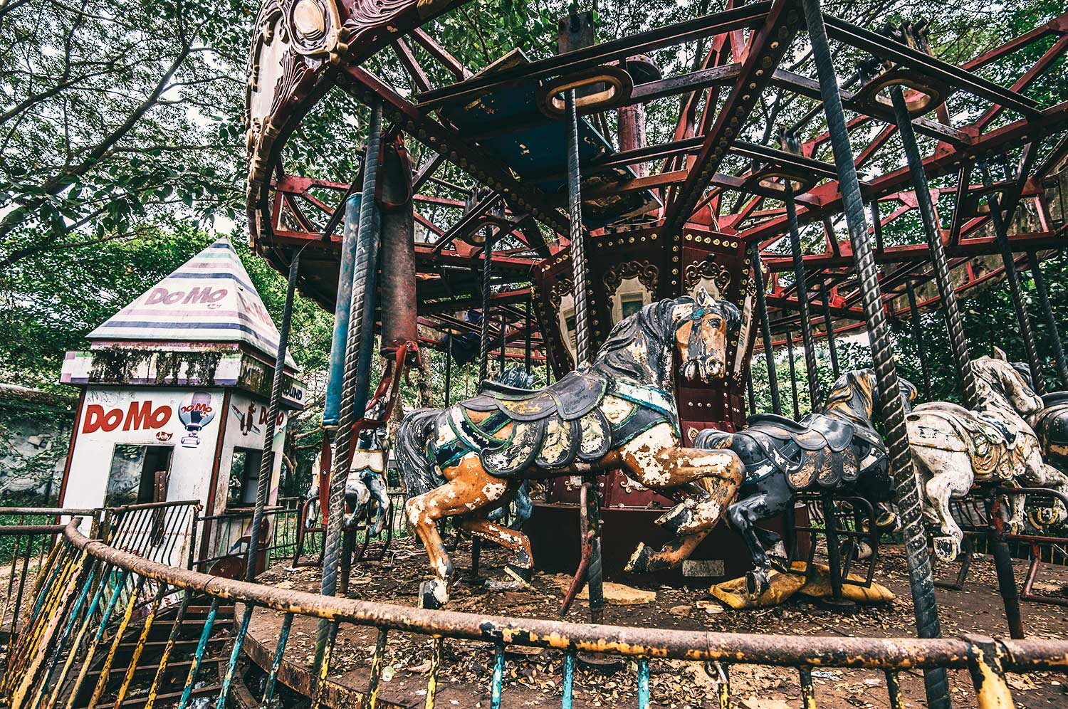 If we're not going round anymore, are we still merry? Abandoned Merry-Go-Round