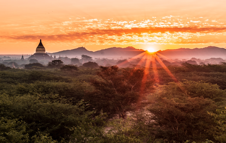 First sunrise in Bagan. Spectacular and mystical. I'm pretty happy I got a sunstar in the photo.