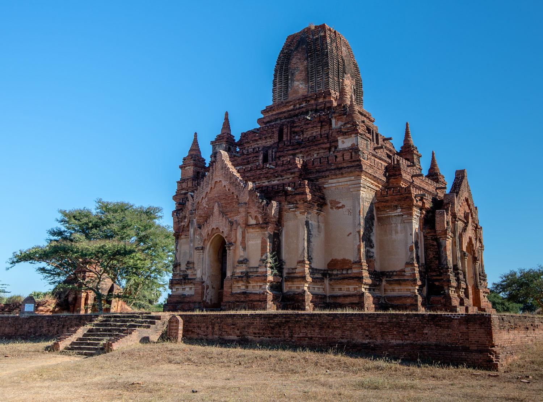 Thambula Temple's exterior. You can no longer go inside.