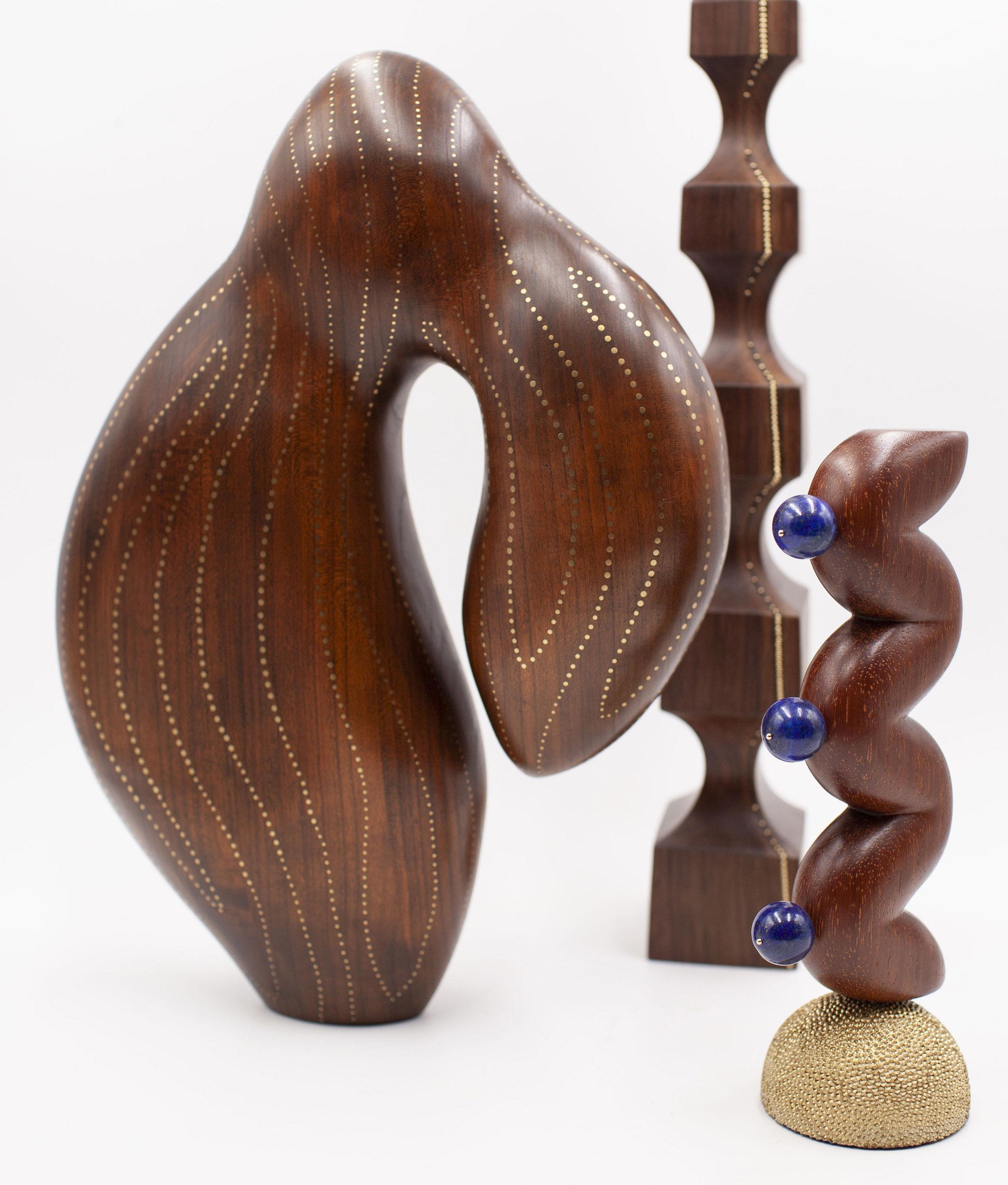 Sculpture bois maison et objet.jpg