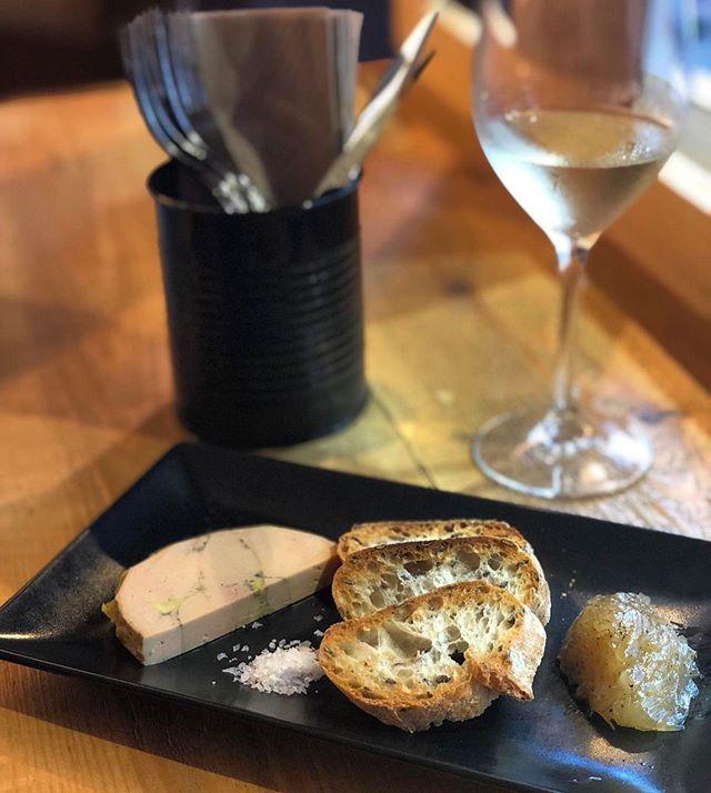 Foie mi-cuit de la mejor calidad, nuestra nueva sugerencia del chef. Oh là là très bon! #sugerenciasdelchef #foiegras #ibiza #canallaibiza #canallaerestu