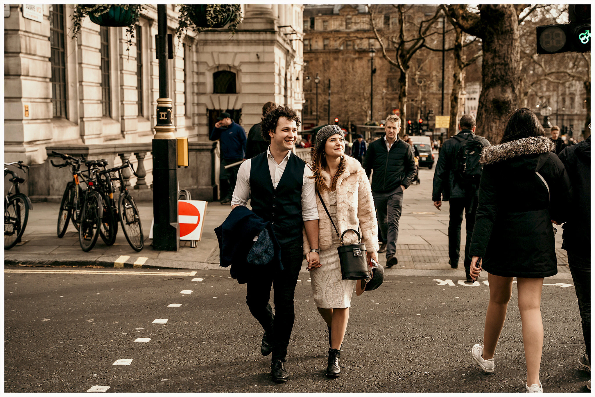 dreamsanddreamers.com-trash-the-dress-session-london-19.jpg