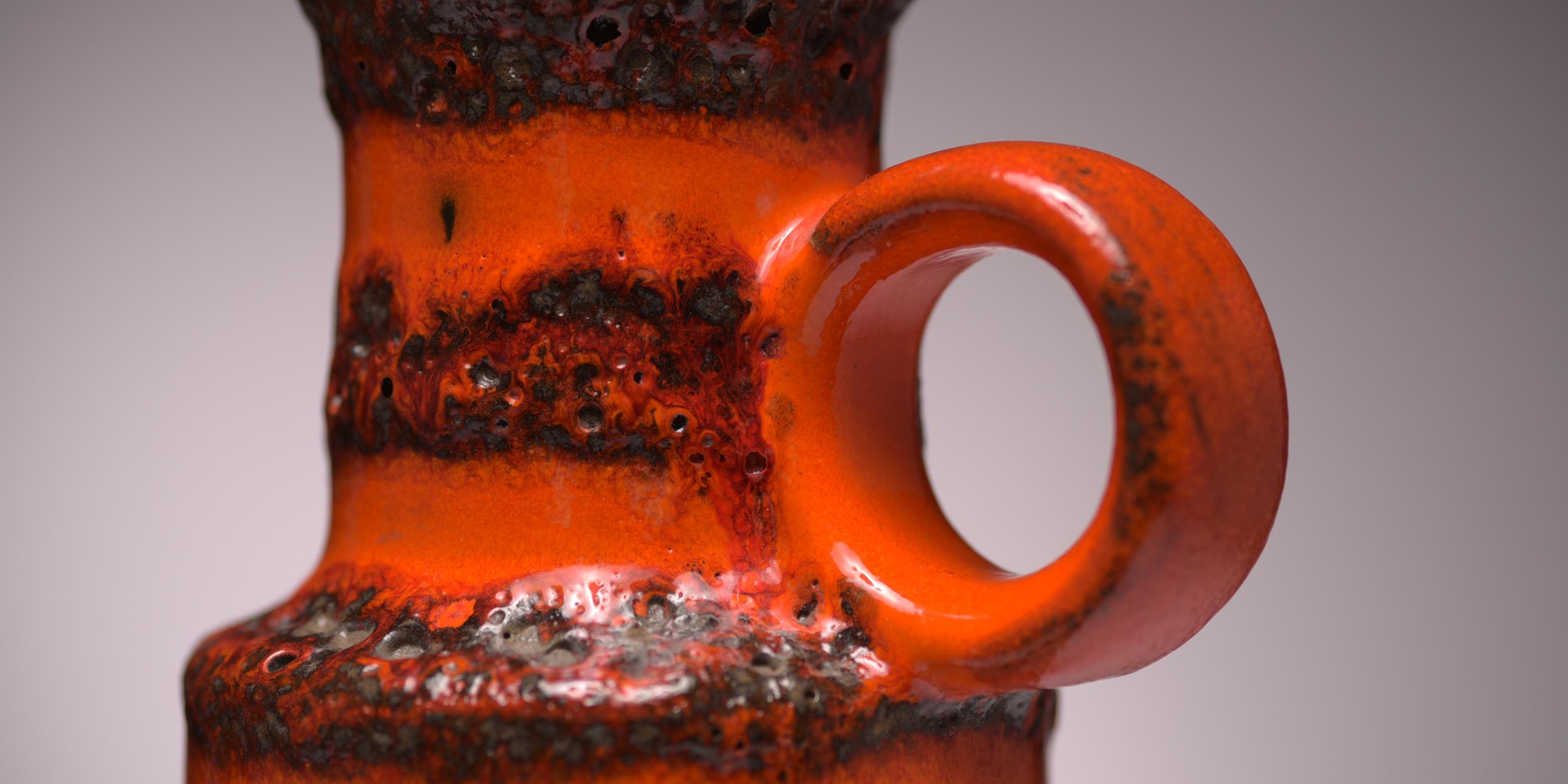 Nahaufnahme Fat Lava Vase Scheurich
