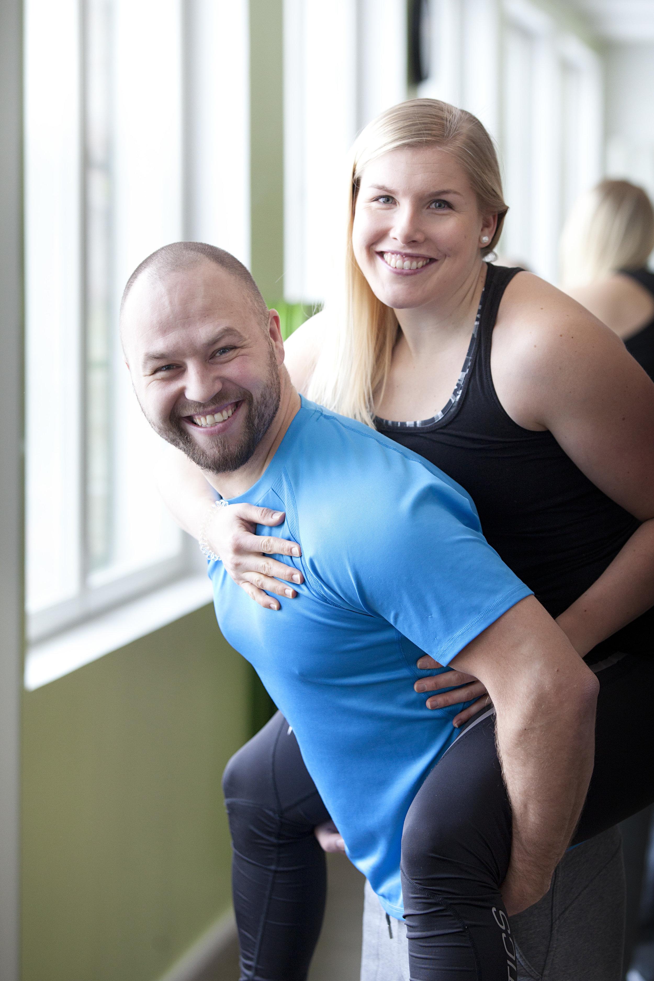 Yhdessä puolison kanssa liikkuminen voi lujittaa parisuhdetta entisestään!