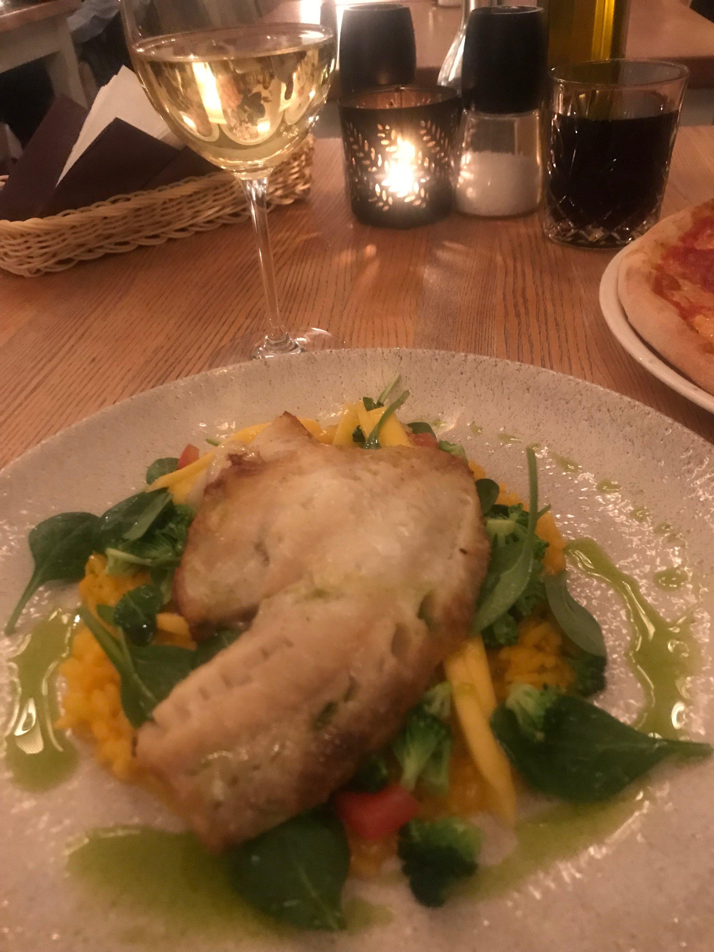 La Cucina Ristorante oli toinen ihana italialainen ravintola. Söin puna-ahventa ja risottoa. Ruoka oli todella hyvää!