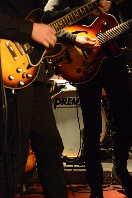 Duke Bradley Live- Two Guitars