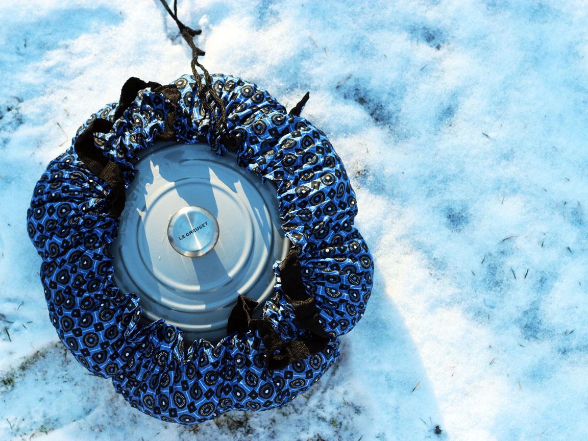 blue-bag-snow-top-image.jpg