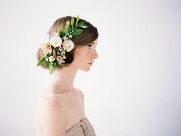 flowers-in-her-hair-wedding-updos1