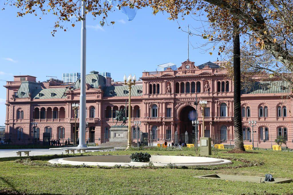 Casa Rosada in plaza de mayo in Buenos Aires