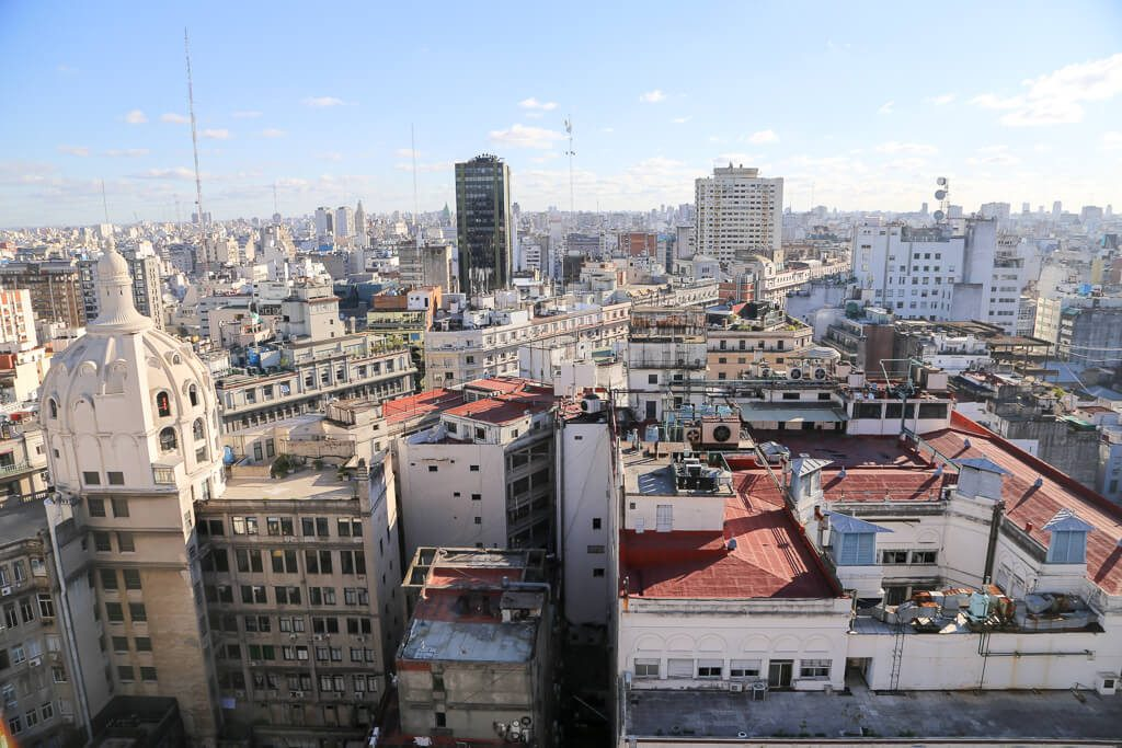 Complete Buenos Aires City Guide | Where to stay in Buenos Aires Neighborhood Guide | When to visit Buenos Aires, when to go to Argentina | Public Transportation Guide for Buenos Aires #BuenosAires #Argentina #SouthAmerica