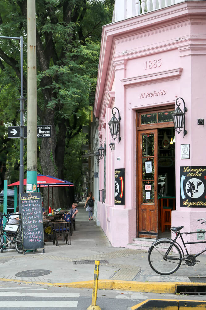 Neighborhoo Guide for Palermo Soho in Buenos Aires | Where to eat in Palermo Soho Buenos Aires | Where to stay in Palermo Soho and what to do #BuenosAires #PalermoSoHo #Argentina