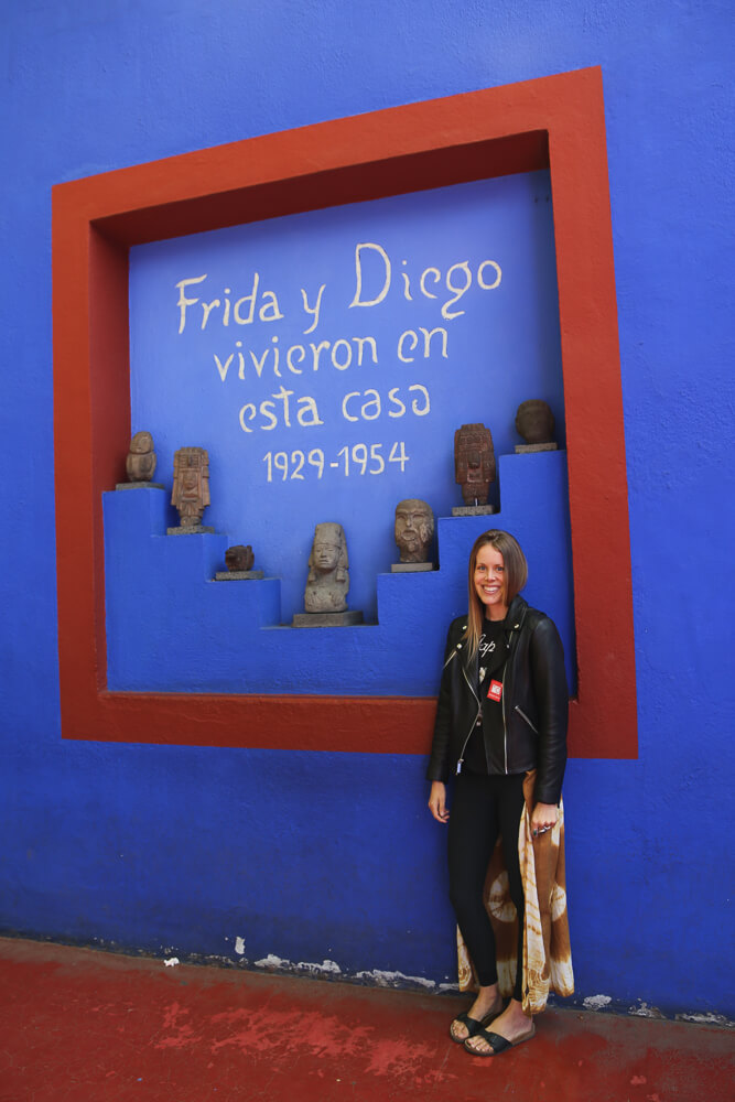 How to visit Frida Kahlos House in Mexico City, one of the most popular things to do in Coyoacan