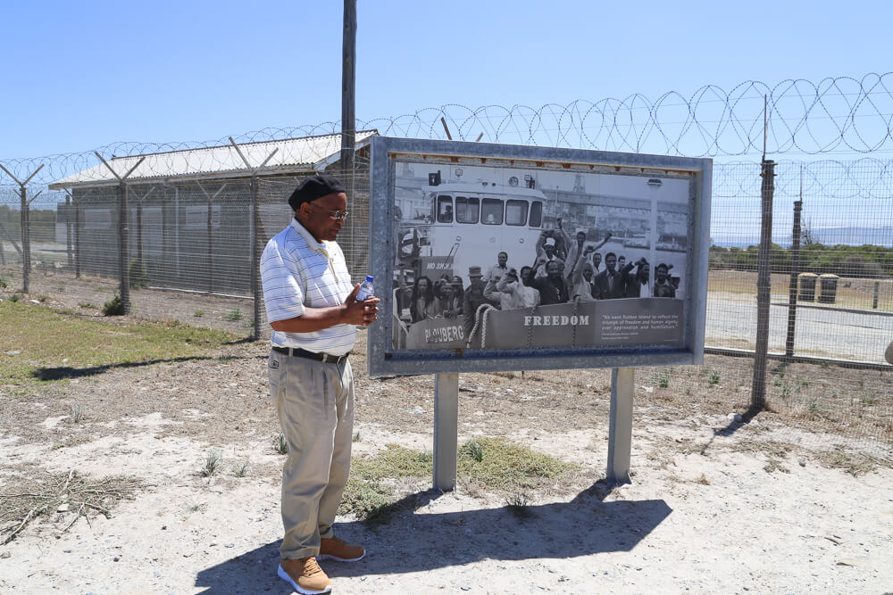 5 days in cape town itinerary touring Robben Island