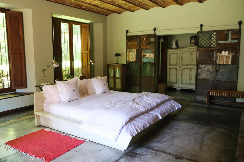 A guest room at the Estancia La Bandada Buenos Aires