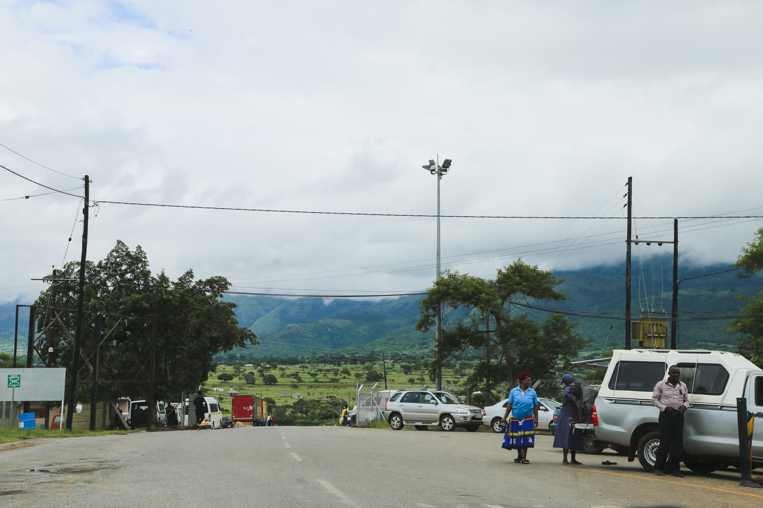 Crossing the border to Swaziland from South Africa
