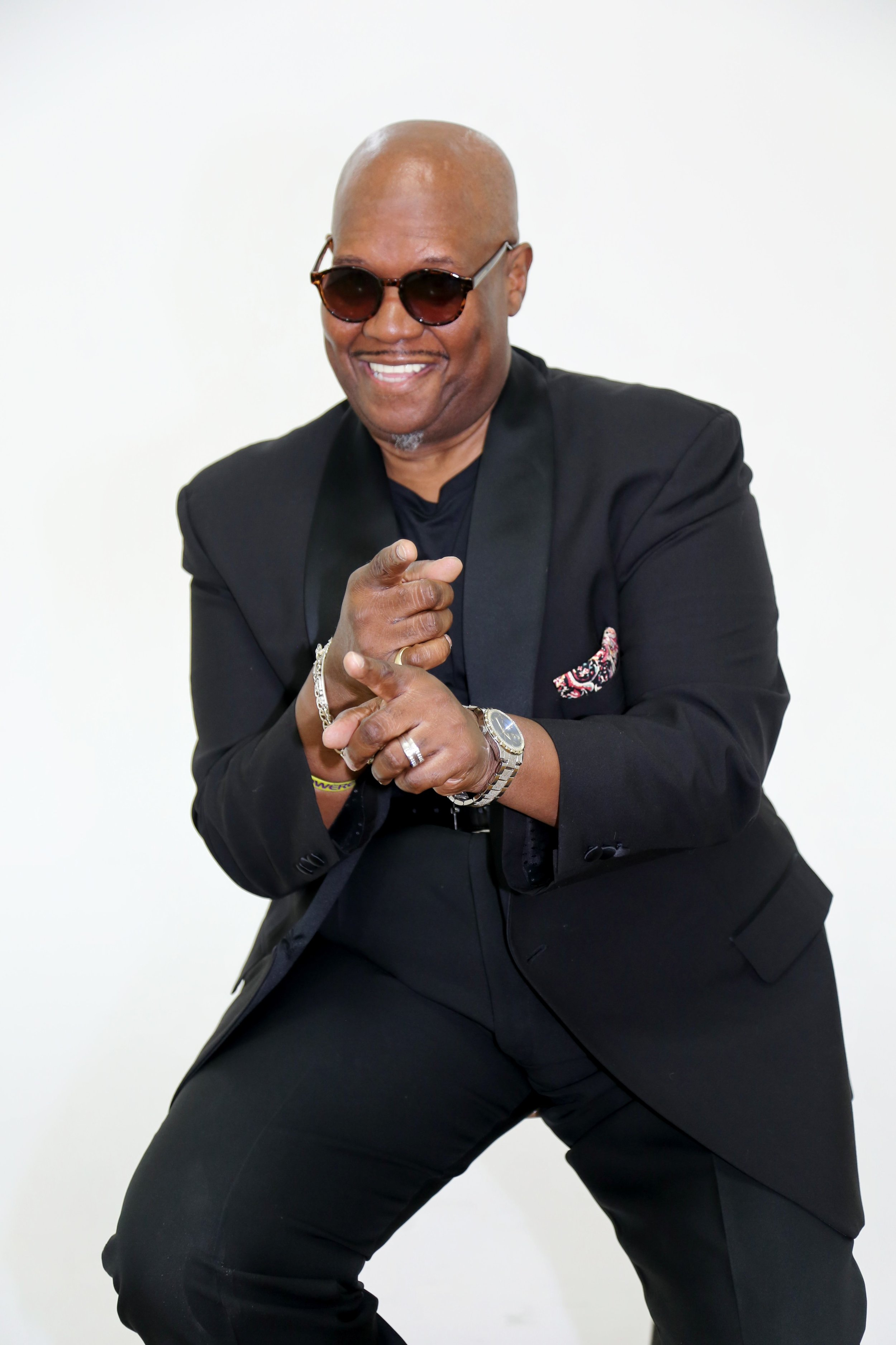 R & B/Soul artist Toney Lee closes World Fest 2019 with his inimitable style of gospel music for a night of love, joy and inspiration that will send you into fall feeling renewed and refreshed. Toney and his band Good Energy will be joined by the neo-soul gospel choir Freemind, the pop-soul vocals of Sky's The Limit and smooth jazz by Nick The Sax Man. Dancing encouraged!