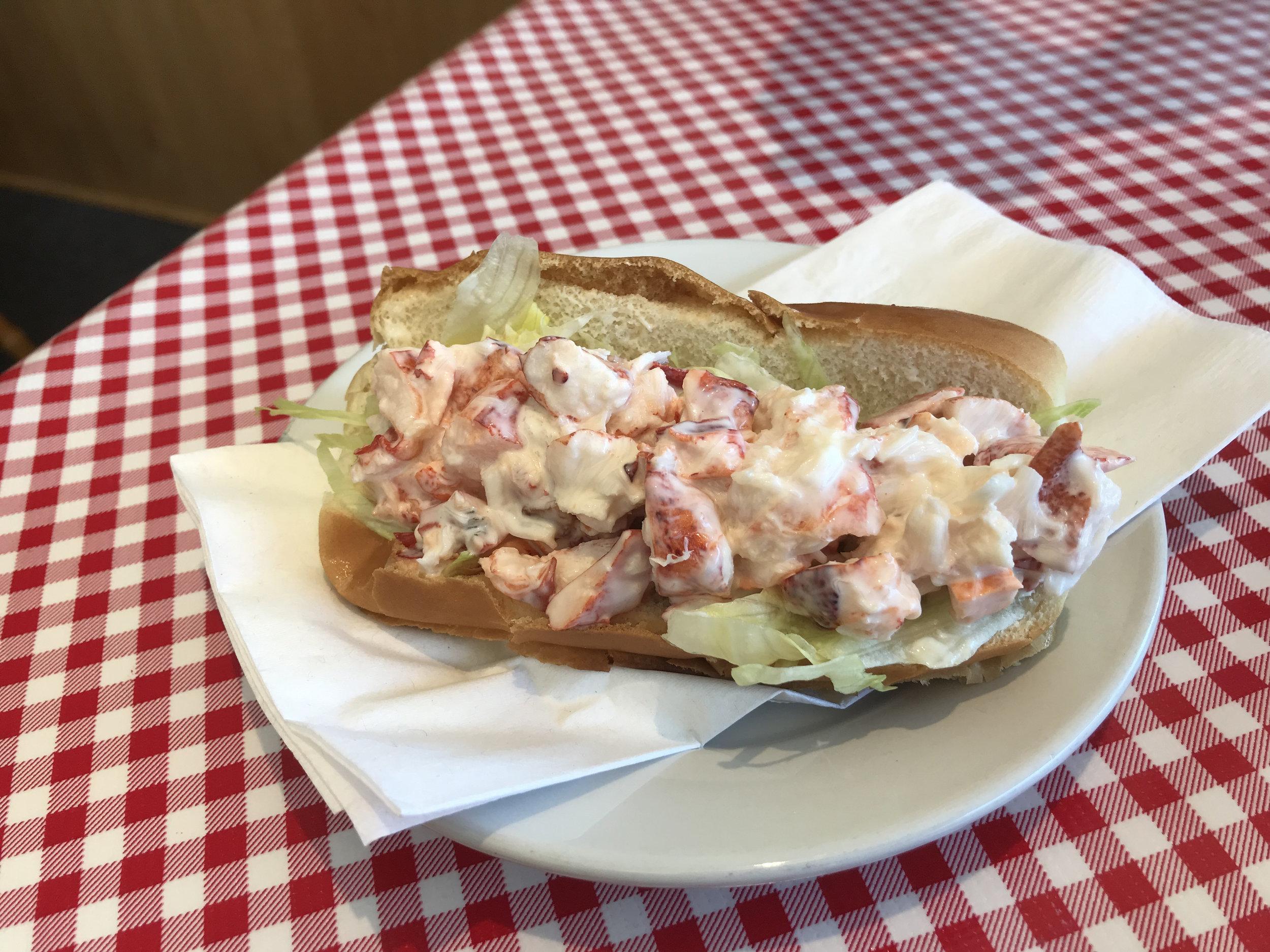 The LumberJack, Lobster Roll