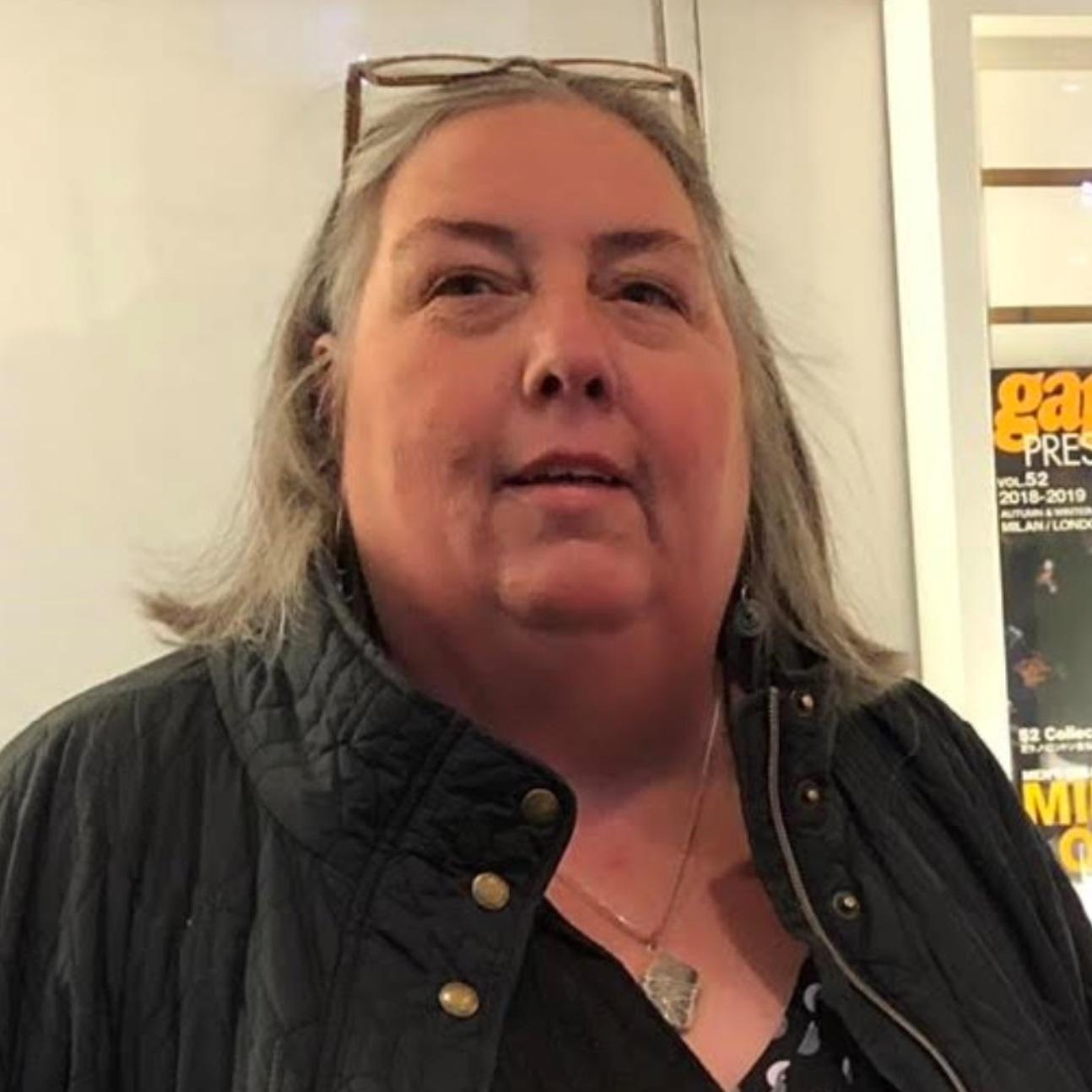 Assistant Poetry Editor: Lynne McEniry