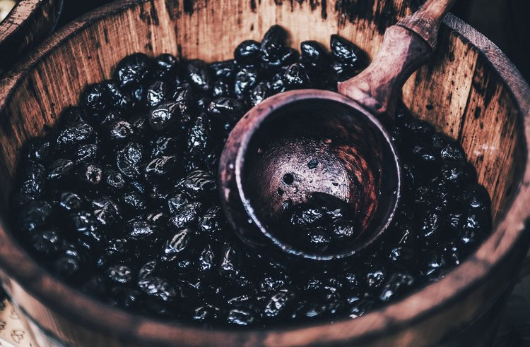 hievoo - hemp infused extra virgin olive oil 4 olive oil