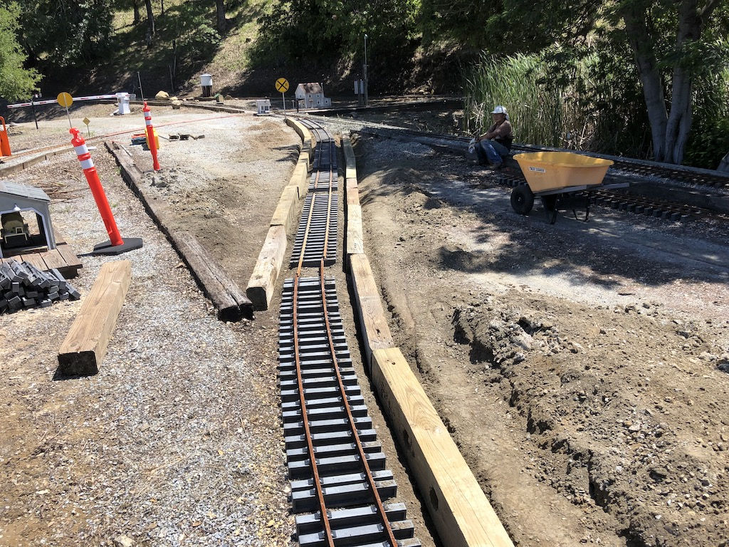 North Yard -> Mountain Route crossover taking shape