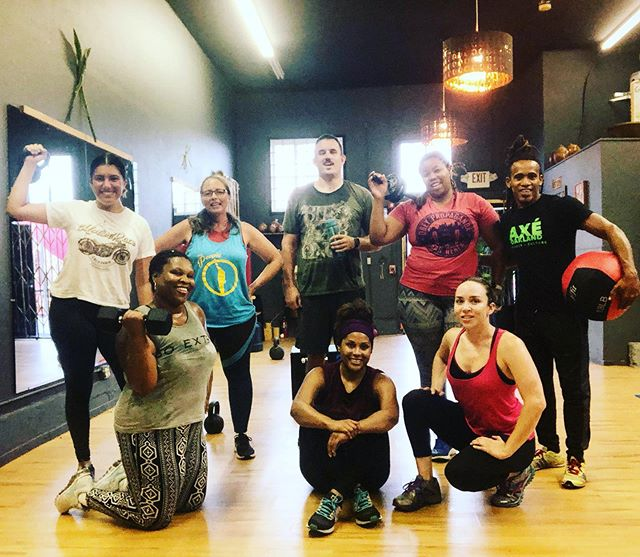 AXÈ FIT BOOTCAMP! 6:15AM BOOTCAMP Every weekday. Tuesday Wednesday Thursday 6:15pm-7pm Friday 5:30-6:15pm. and 9am Saturday, 9:30 Sunday !!!! Come train with us:) #axeoakland #AXÈOAKLAND #oaklandfitness #oaklandgym #capoeiragym #familygym #hellafit #goodbonez #gingamundocapoeiraoakland #profesorchipa #fitness+culture #eastbayculture #oaklandculture #familyfitness #healthylifestyle #blackownedoakland #womenowned #functionalfitnessoakland #oaklandtrainer #oaklandyoga #oaklanddance #healthychoices