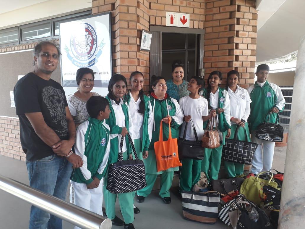 Handbag community service for shelter for abused women
