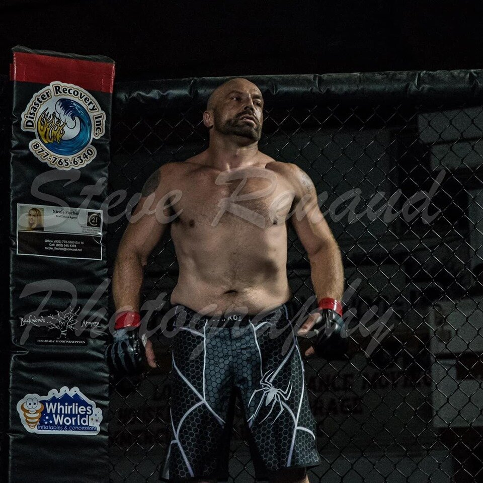 Paul Valente - Undefeated fighter ranked #5 as heavyweight and #7 in the Light Heavyweight division for New England. Paul is coming off a big win at Fight Night Promotions in Rutland, Vt fighting under the Centerline MMA Banner . He will be fighting up and coming fighter Ed Collins who fights out of Granite City MMA Dec 21stFighting Style: Wrestling, BoxingFighting out of Centerline MMA