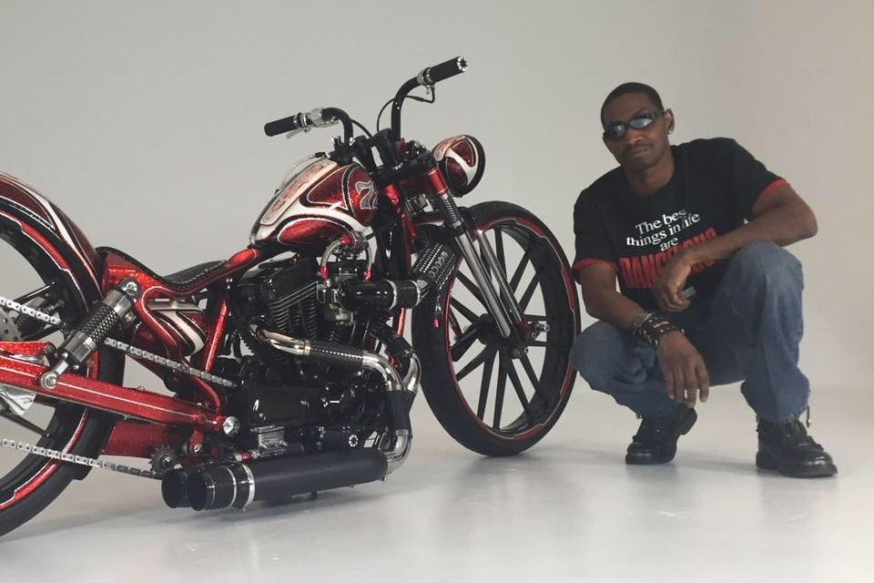 Dell Battle - Owner of Dangerous Dezigns and winner of the J&P Cycles Modified HD class in Dallas, Winner of Baddest Bagger in Milwaukee, Previously featured in Easy Rider Magazine and now Judging the Chicago Motorcycle Show. Dell is no newcomer to the Custom Bike world with Big build wins dating back to 2015.