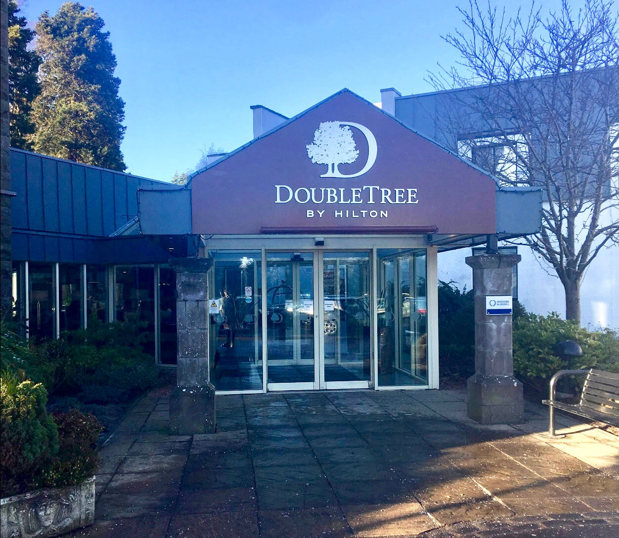 DoubleTree Dundee - Front Entrance
