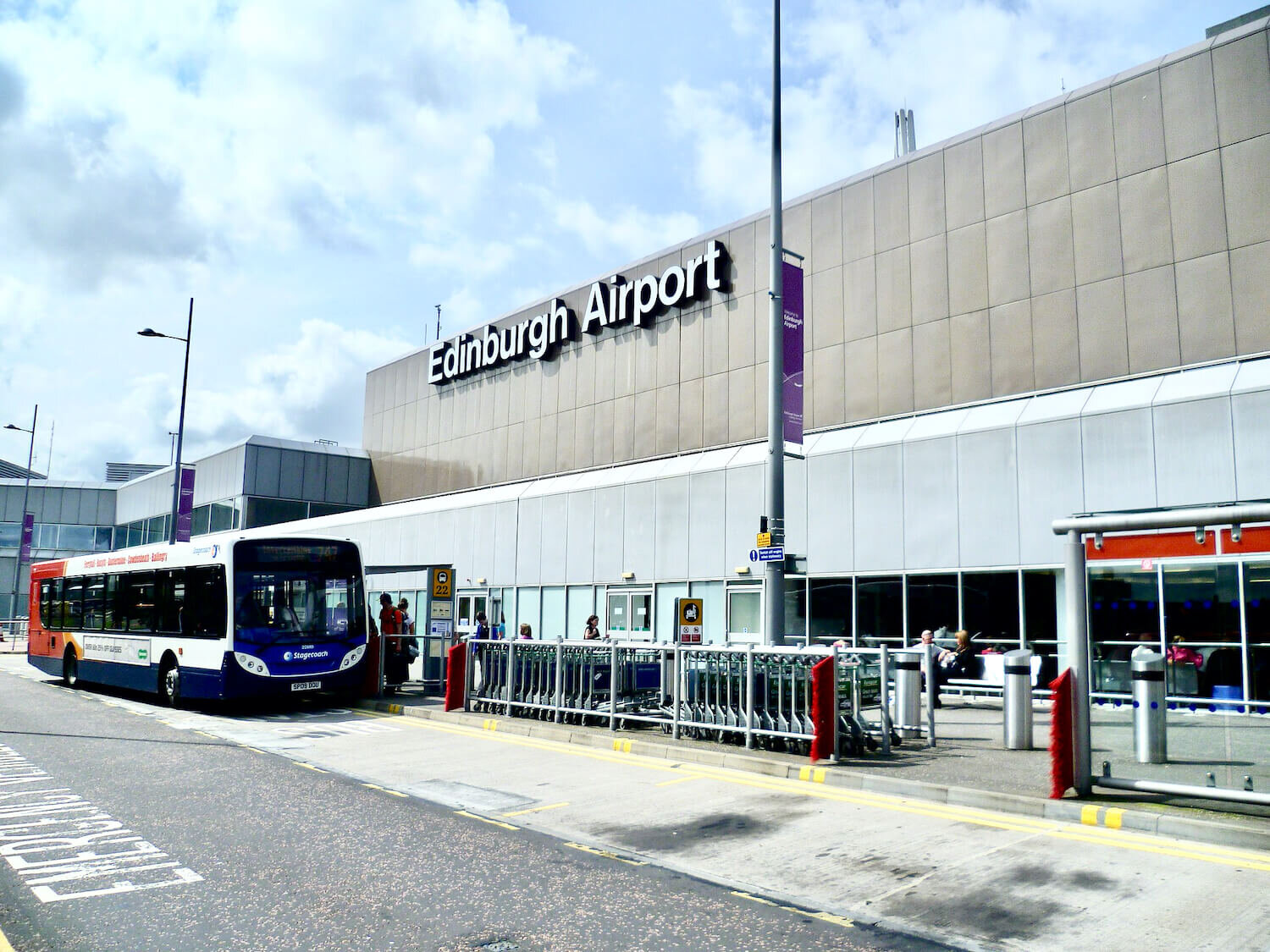 How To Travel From Edinburgh Airport To The City Our Departure Board