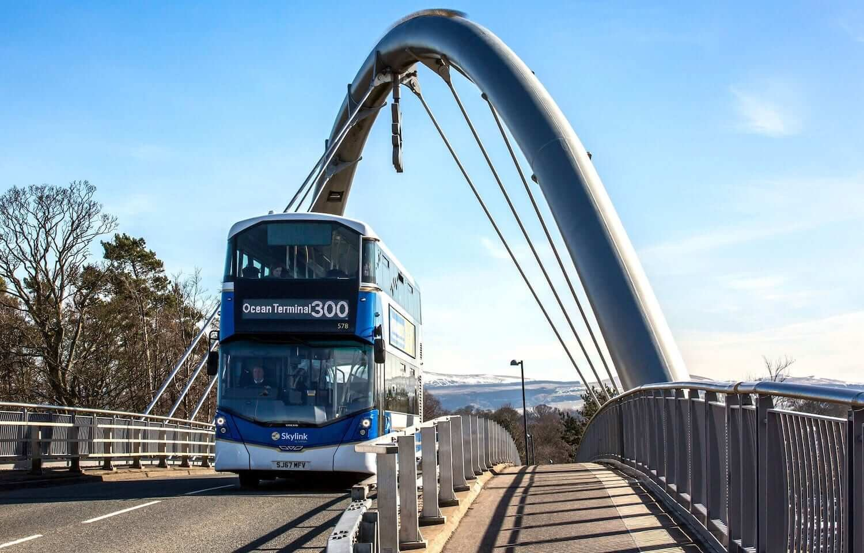 Edinburgh Airport To Edinburgh City Centre - Skylink 300 Bus