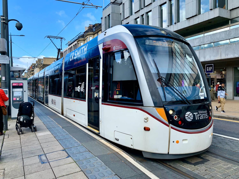 Edinburgh Airport to City Centre - Tram
