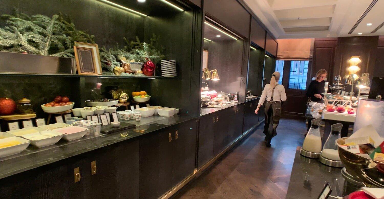 Hilton Vienna Plaza - Breakfast