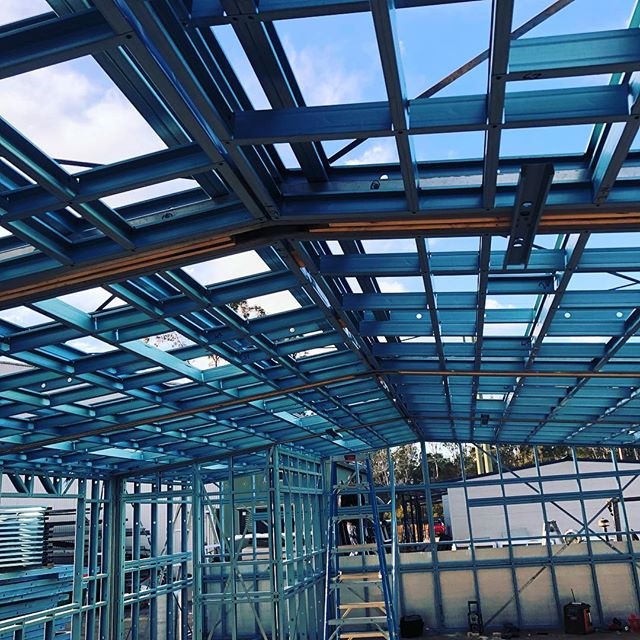 Another school module frame for @broadworthmodular. This one is headed for St. Francis Catholic College Wollongong. . . . .  #broadworthmodular #prefabricated #madefromTRUECOREsteel #lightguagesteel #AusSteel #steelframe #coldformedsteel #modularbuilding #termiteproof #50yearwarranty #TheUltimateSteelBuildingSystem #rollforming #australianmade