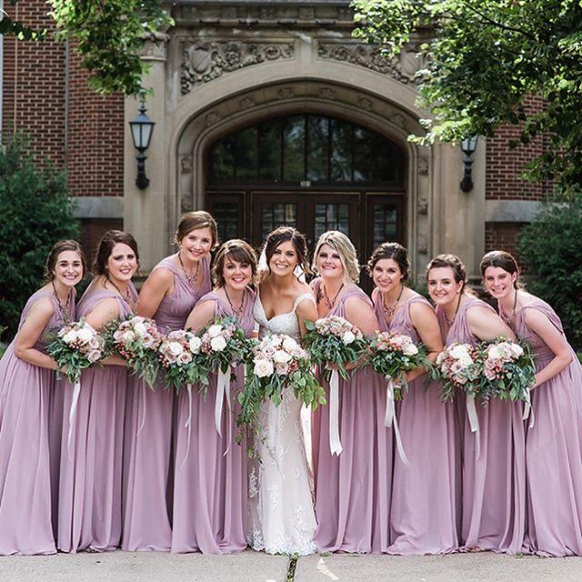 Saint Paul weddings are always a favorite! #minnesotawedding #mnwedding #minneapoliswedding #stpaulweddingphotographer #stpaulwedding #minneapolisweddingphotographer #shesaidyes #classicwedding #mnbride #midwestbride