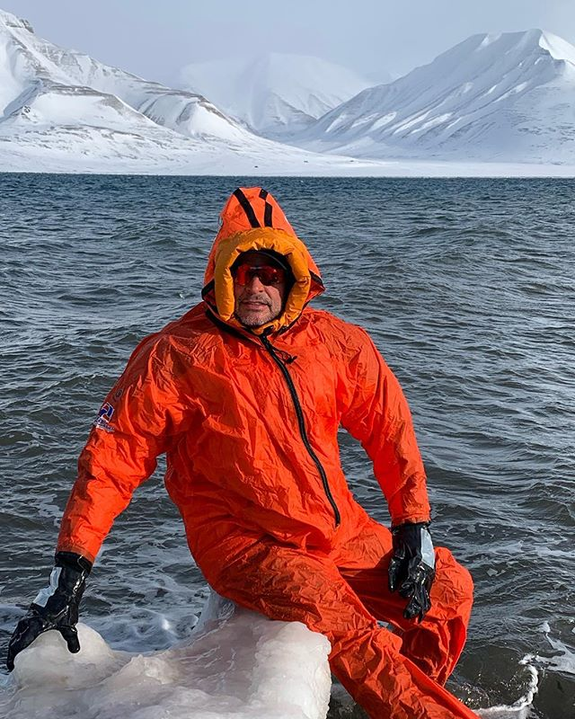 Well since the sun was out it seemed like a perfectly good idea to go for a swim..... -7degrees @ 78 Nord Svalbard