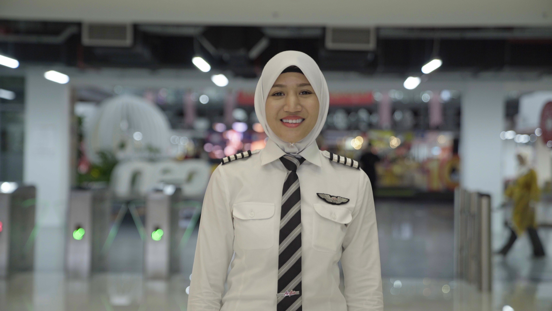 I was the first female in my flying school. Having the support of AirAsia has allowed me to aim higher and dream bigger.- Captain Aquila Ismail -