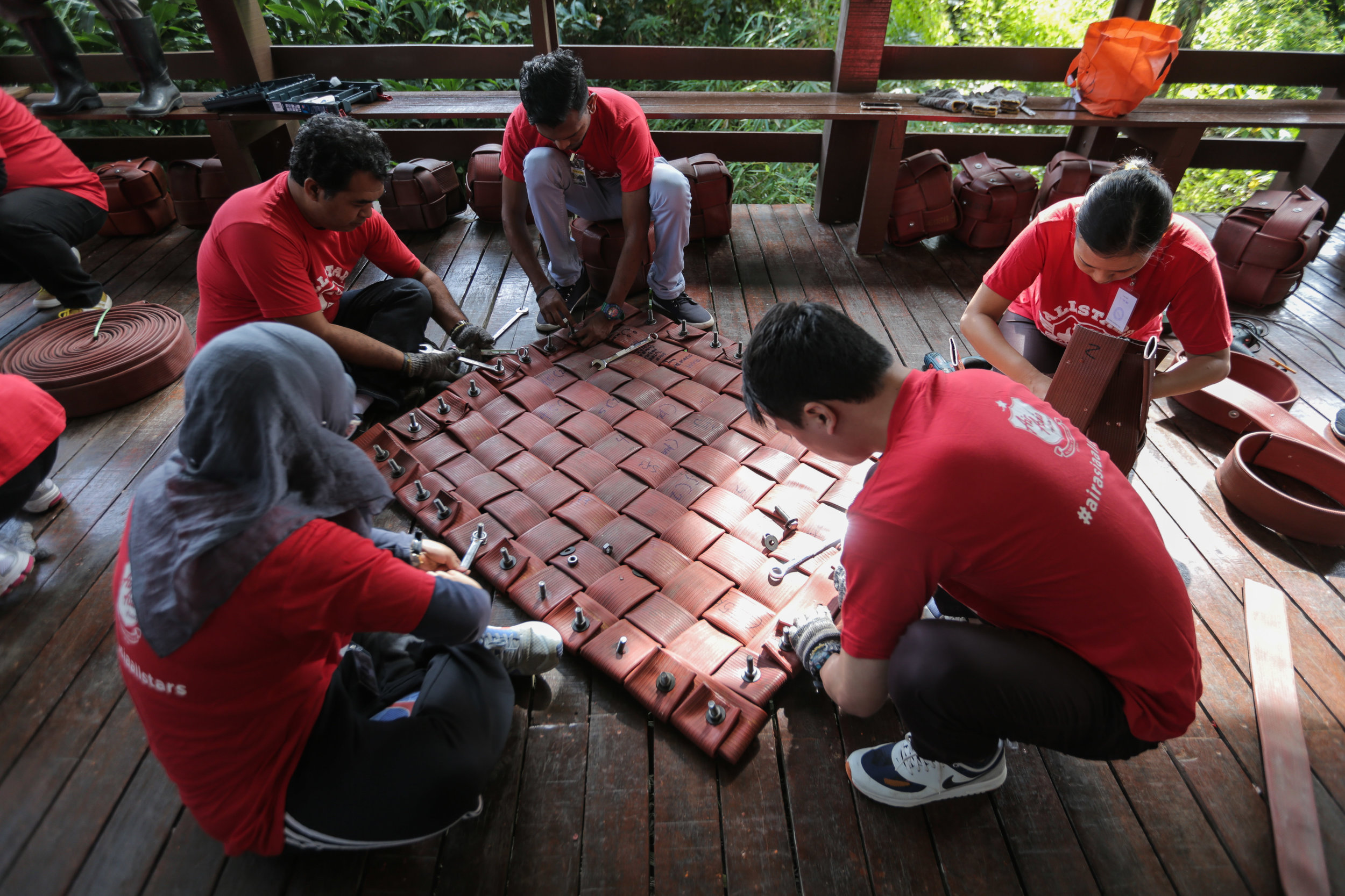 Allstars Do Good - An engaging volunteer programme that connects Allstar volunteers with social enterprises, supported by the AirAsia Foundation, and sends them to different countries to do good.