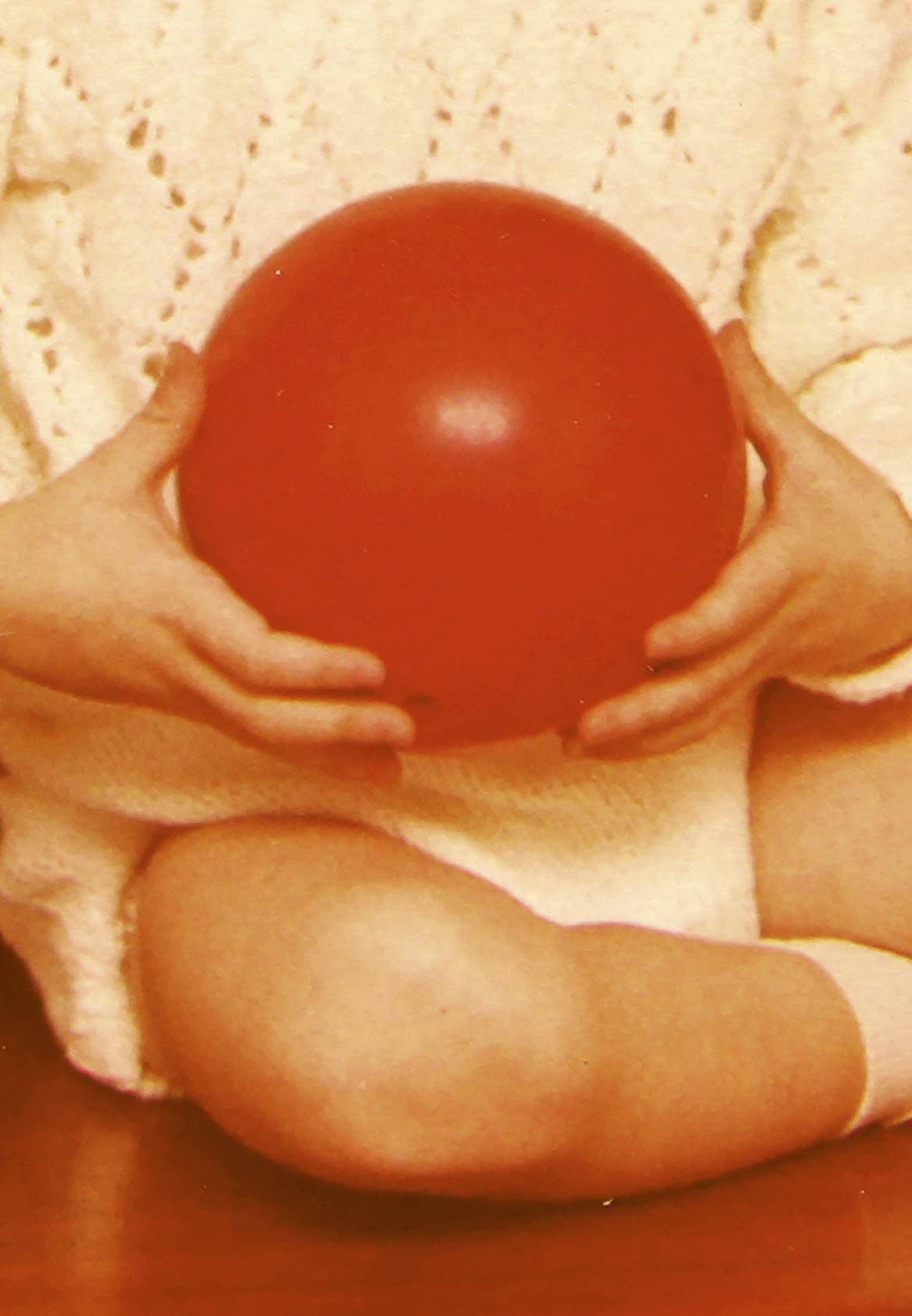 Red ball_small.jpg