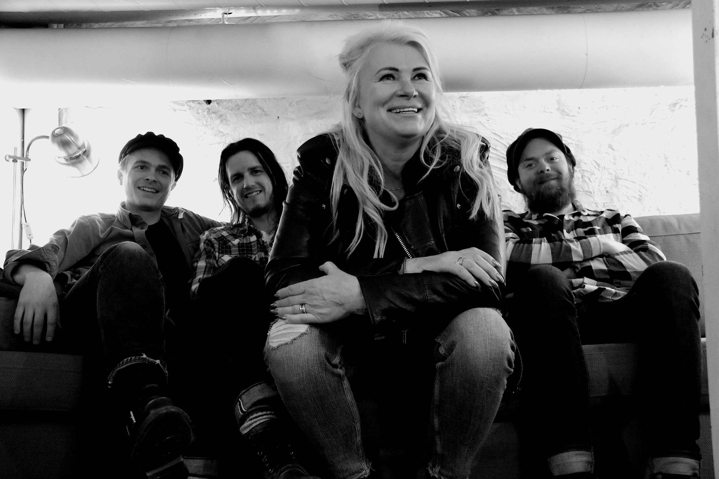 Annika & The Boiling Blues Band taking it easy at Studio Dubois Photo: LoEmma Nilsson