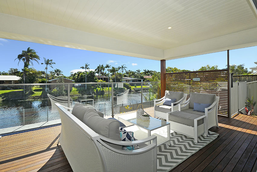 Reefwater - Cabaret Beach 2488This stunning single level property offers open plan living that flows seamlessly onto the outdoor entertaining area with a built in BBQ, beer fridge and pool. With 4 generous sized bedrooms this is an ideal location for families and friends alike. Only a stones through away to local cafes, shops, beaches and the stunning Kingscliff creek. A fantastic property that offers everything you would need and more to enjoy this beautiful location on the Norther NSW coastline.8 Guests 4 Bed 2 Bathroom