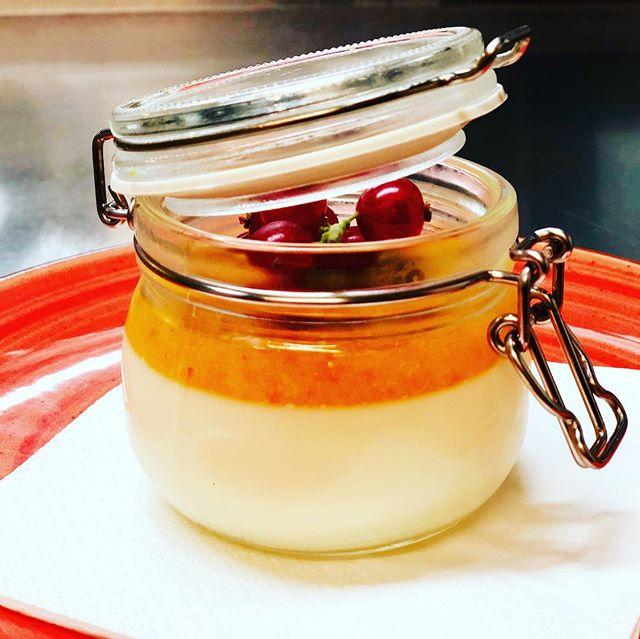 #pannacotta #cuore #ascona #anticaposta #dessert