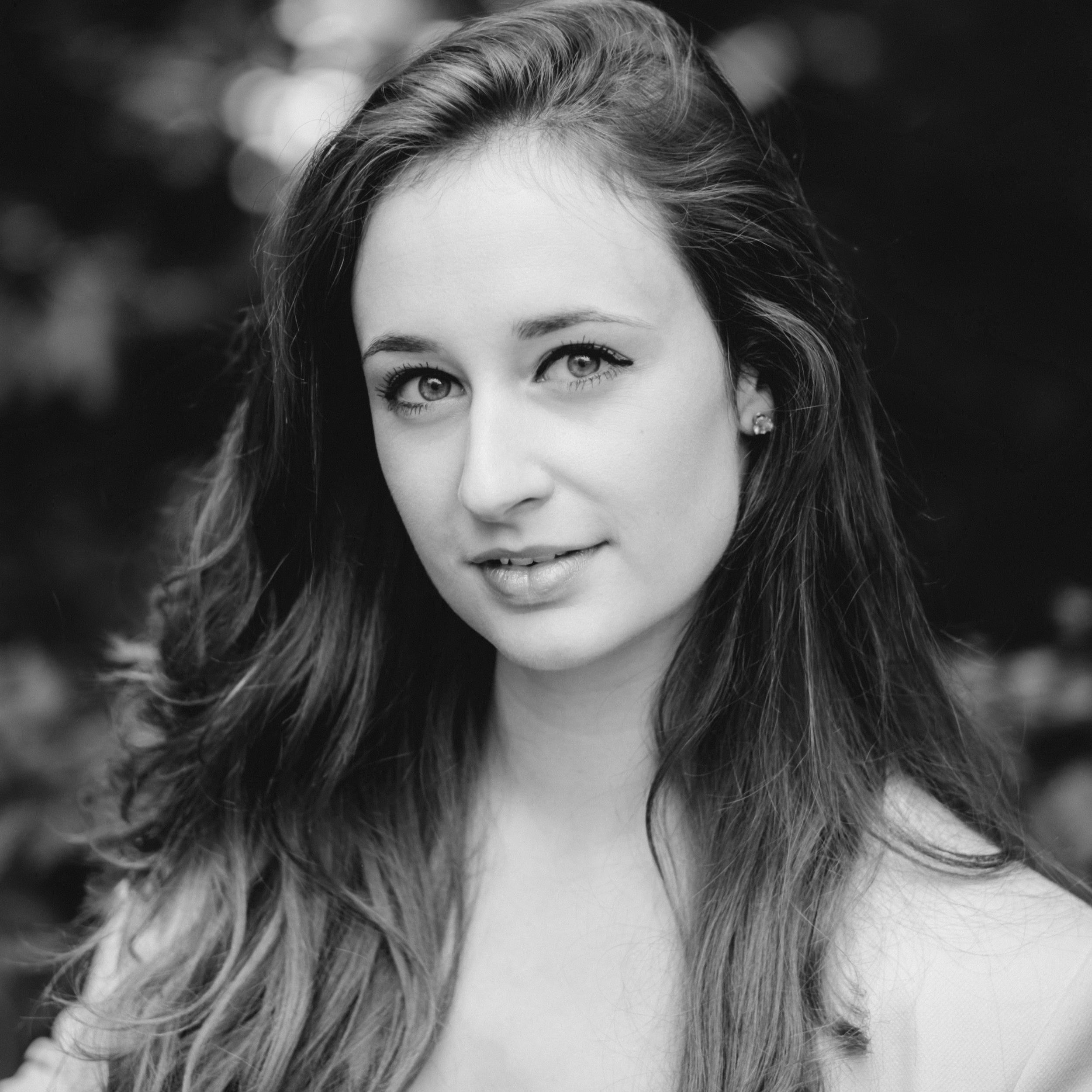Amy Lyddon - Mezzo