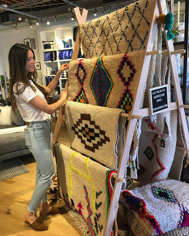 We love our West Elm pop ups!⠀♥️ ⠀ Next date:⠀ Saturday August 10 from 12-4 pm ⠀ ⠀ I'll have some new rugs and a selection of cushions too! ✨