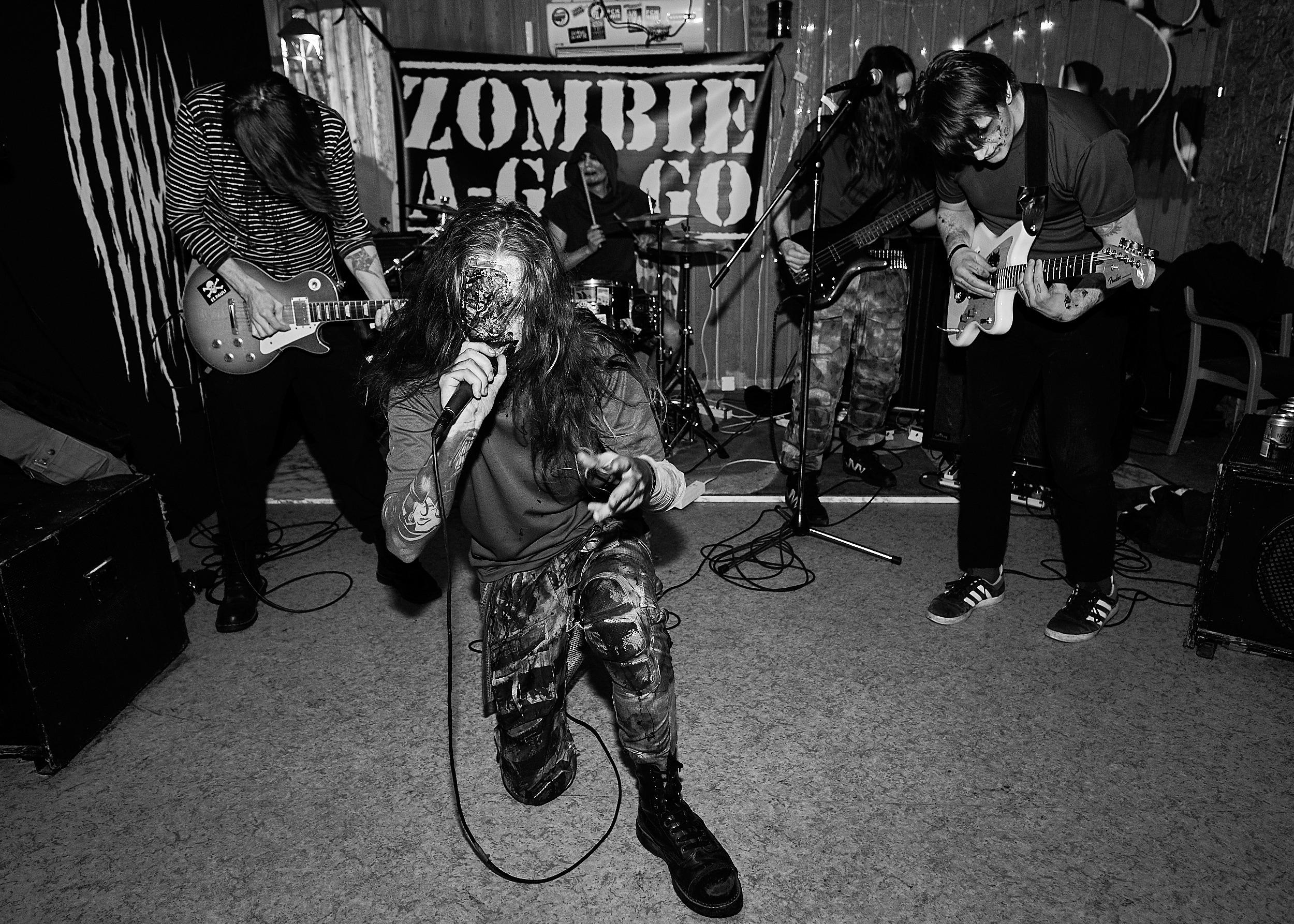 Zombie A-Go-Go