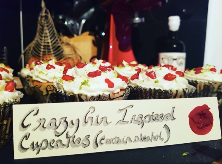 Here are some delicious cupcakes made with Crazy Gin from our very own super talented @thecrazykaur
