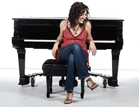Funny Feminist Musical Comedian Katie Goodman